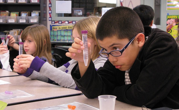 Picture of George Kelly Elementary School students in Bio-Rad Science Ambassador program
