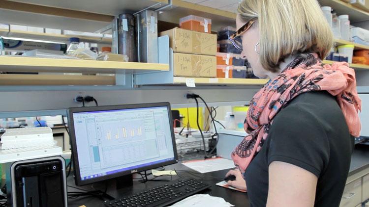 lyons-reviews-gene-expression-data